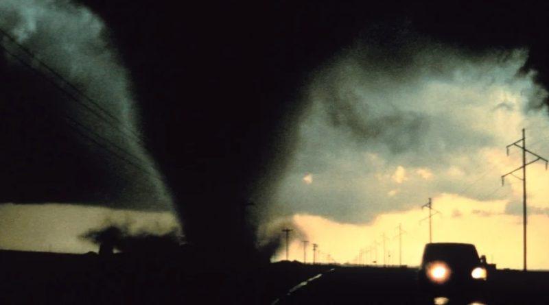 Tornado in Erfurt. Wirbelsturm in Thüringen. Hello world!