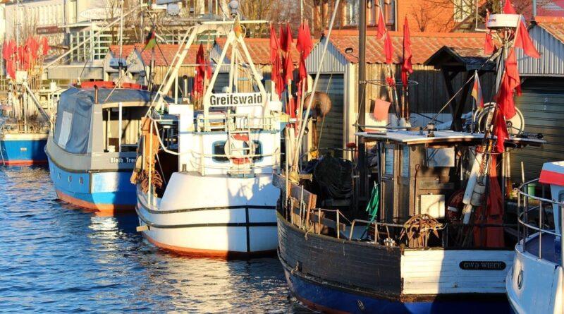Kreisstadt Greifswald, entdecken, erleben, Urlaub an der Ostsee, Greifswald, Wieck, Hafen, Wasser, Schiffe, Boote